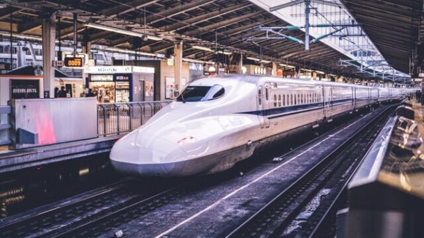 Shinkansen bullet train - Japan Itinerary 14 days and 7 days