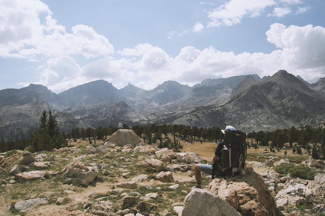 mountains-691547_1280