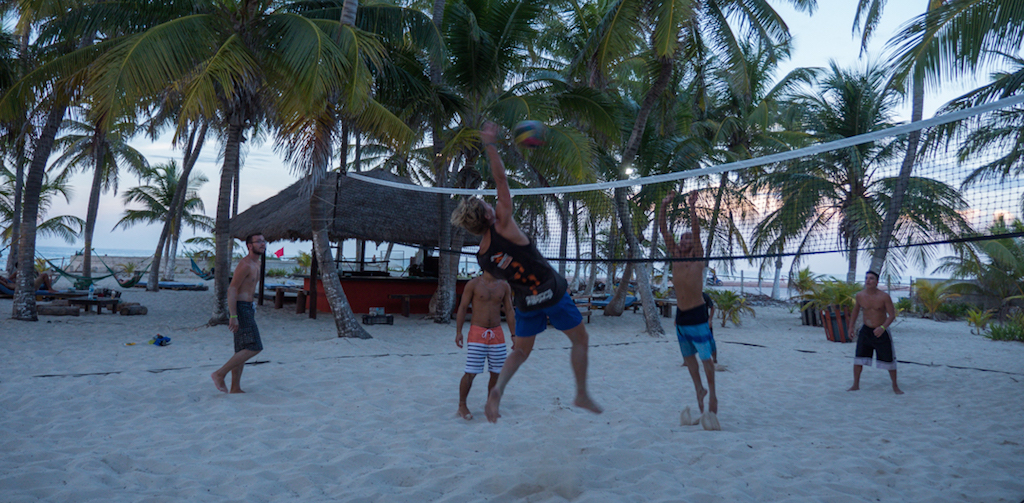Volleyball at Poc na, Isla Mujeres