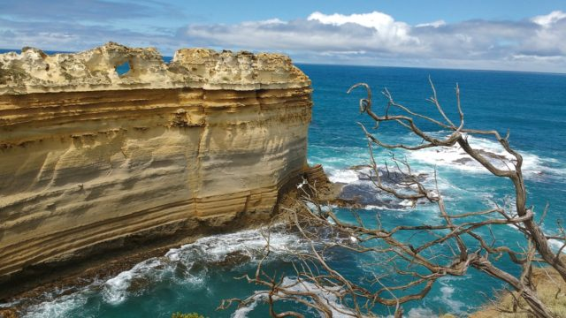 Travel the Great Ocean Road by caravan | Melbourne to Adelaide | World's most scenic drives | Drive in Australia by caravan | See the Twelve Apostles?