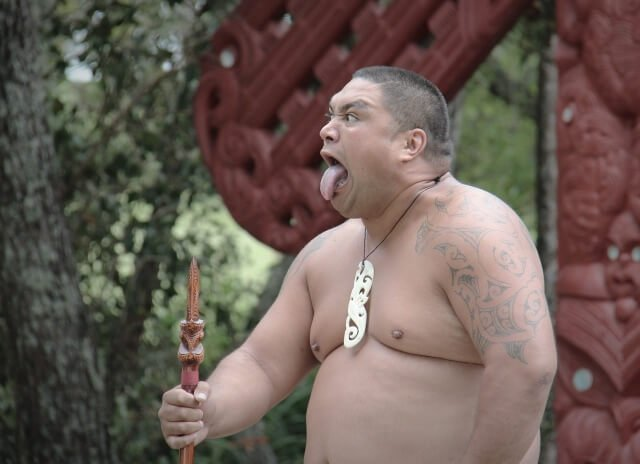 Maori war dance - North Island New Zealand Road Trip | New Zealand North Island Itinerary | must see | Attractions | Things to do in NZ | Tours | Points of interest | What to see | Highlights | Places to see | Budget Guide | Fun things | Camper van | Motorhome