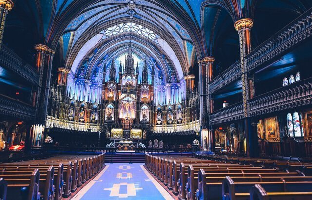 Notre Dame basilica - Free things to do in Montreal