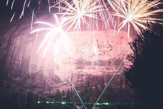 Free things to do in Atlanta USA - Lazer light show at Stone Mountain