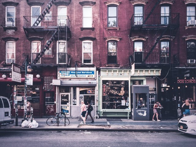Bedford Avenue - Free Things to do in New York City