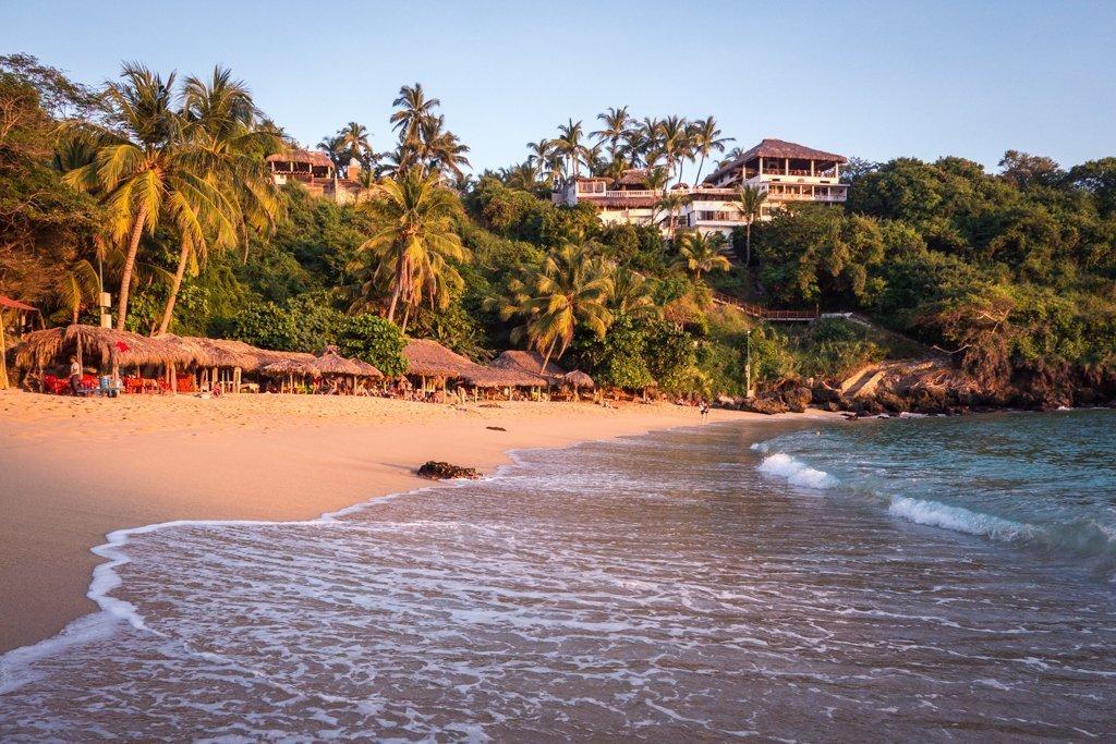 Carrizalillo Beach - travel to oaxaca mexico - things to do in Puerto Escondido