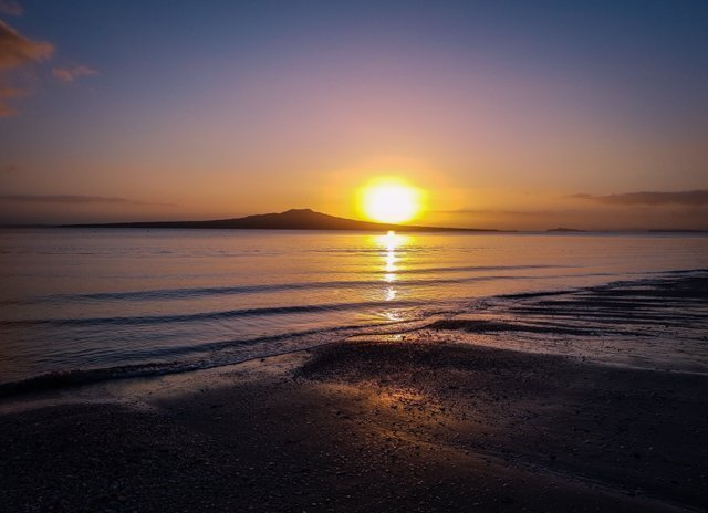Takapuna Beach - Free Things to do in Auckland New Zealand