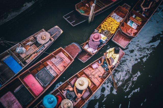 Damnoen Saduak Floating Market -  Free things to do in Bangkok, Thailand