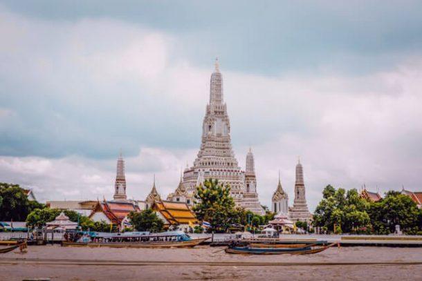 Wat Arun Temple - Free things to do in Bangkok, Thailand
