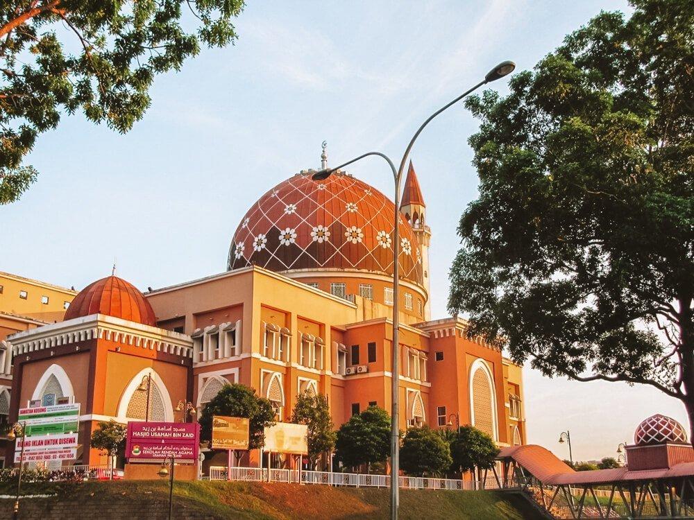 Mosque Kuala Lumpur for 3 day itinerary Kuala Lumpur, Malaysia and Kuala Lumpur 1 day itinerary