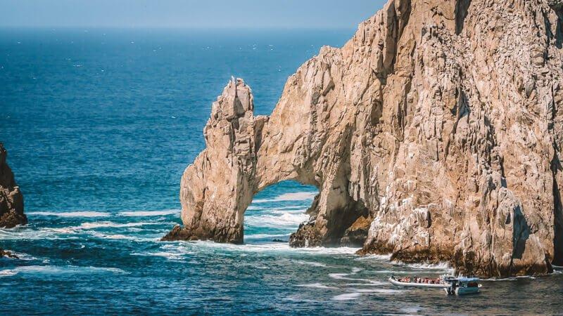 Los Caos rock arch - Driving in Mexico Road Trip