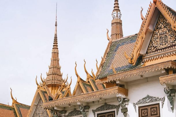 Pagoda in Phnom Penh for Backpacking Cambodia Itinerary