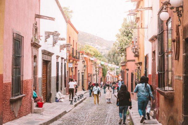 San Miguel de Allende - Driving in Mexico Road Trip