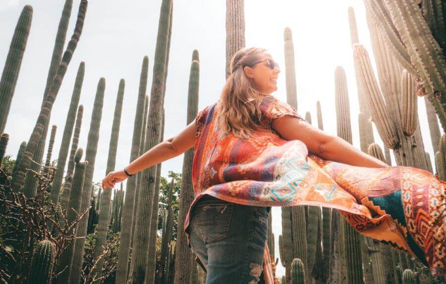 Our top 10 reasons you'll love Mexico! From the beautiful colors of Mexico, to strong Mexican culture and aesthetic. Fiestas, food and Day of the Dead. This is our Mexico bucket list full of culture and colours!🇲🇽 💃 🌮 🌵 #Mexico #Food #CwC #photography #tips
