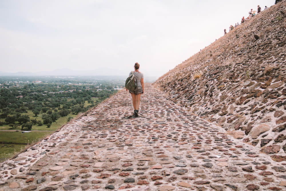 Teotihuacan pyramid ruins for Planning a trip to Mexico on a budget