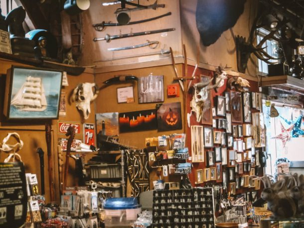 The Ye Olde Curiosity Shop inside for 3 days in Seattle itinerary