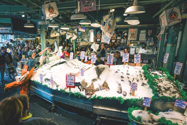 Fish throwing at Pike Place Market for 3 days in Seattle itinerary