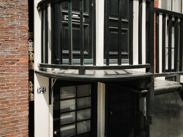 Tiny Hidden Houses in Amsterdam for unusual and weird things to do in Amsterdam